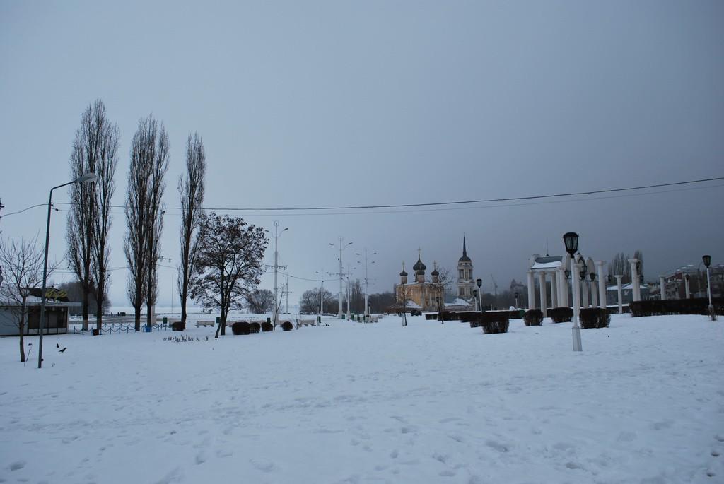 Адмиралтейская площадь зимой в Воронеже фото