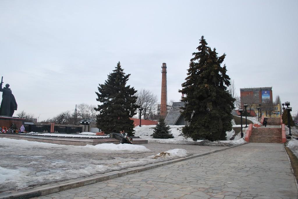 Мемориальный комплекс Чижовский плацдарм в Воронеже фото