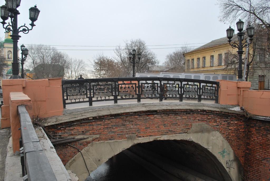 Вид на каменный мост Воронеж фото