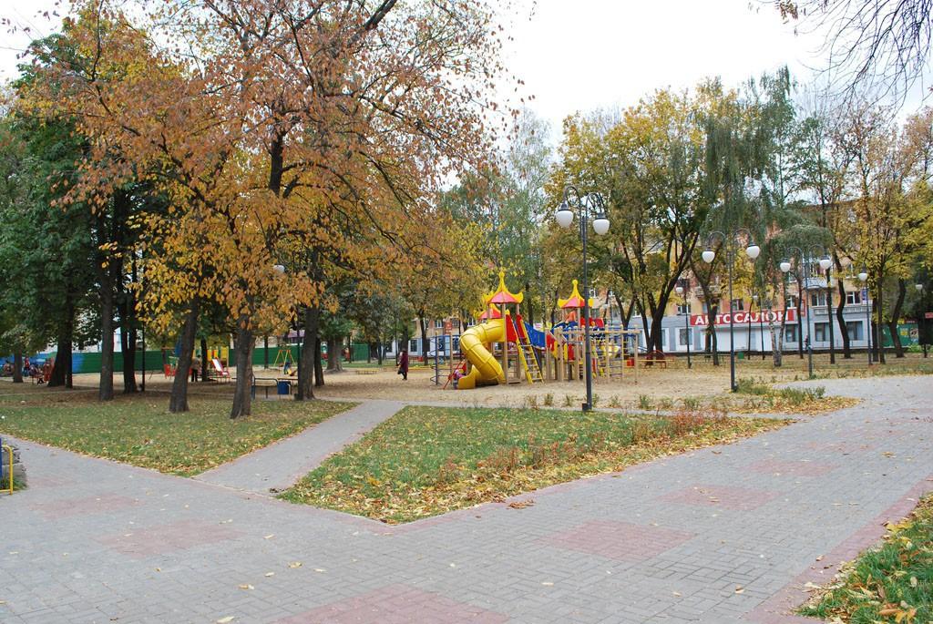 Комсомольский сквер в Воронеже фото