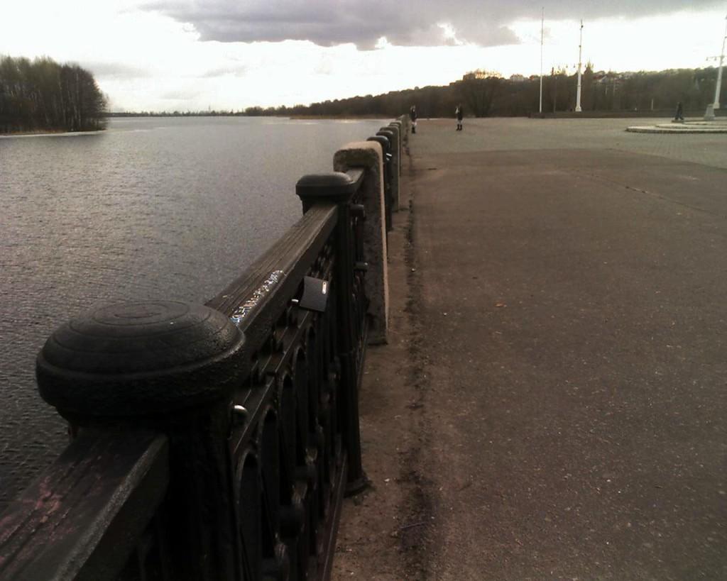Набережная у Адмиралтейской площади в Воронеже фото