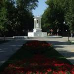 Свежевосстановленный фонтан в парке Орленок в Воронеже фото