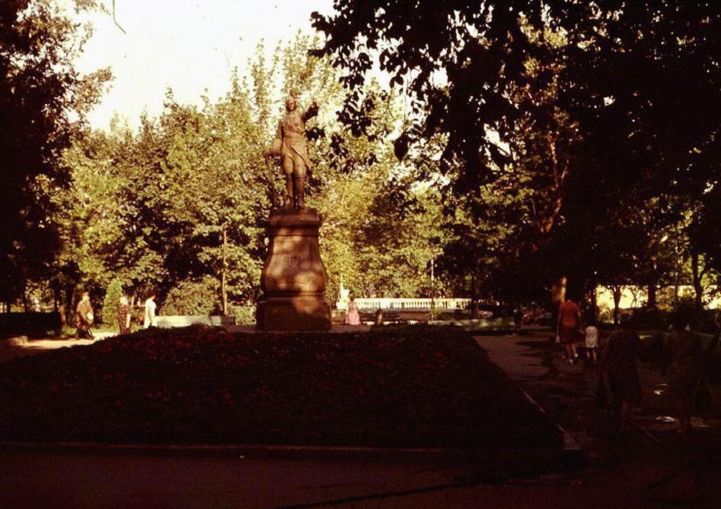 Памятник Петру 1 в Воронеже старое фото
