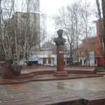 Памятник Пятницкому в Воронеже фото