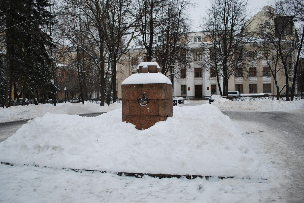 Памятник жертвам белого террора в Воронеже фото