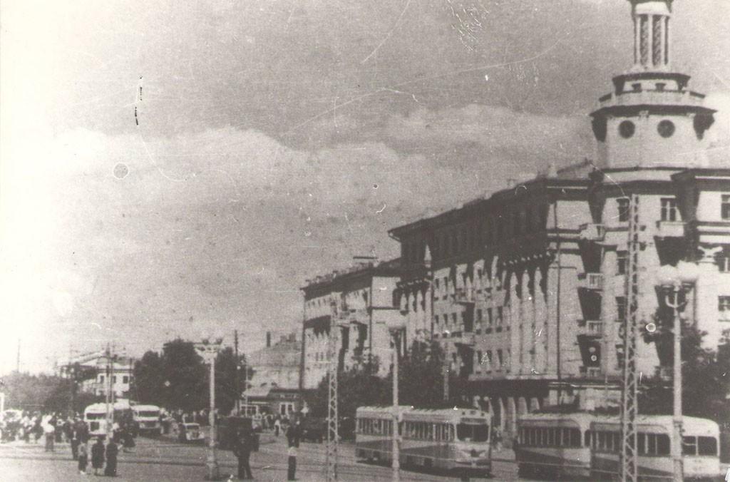 Площадь Ленина в 1950-е Воронежа фото