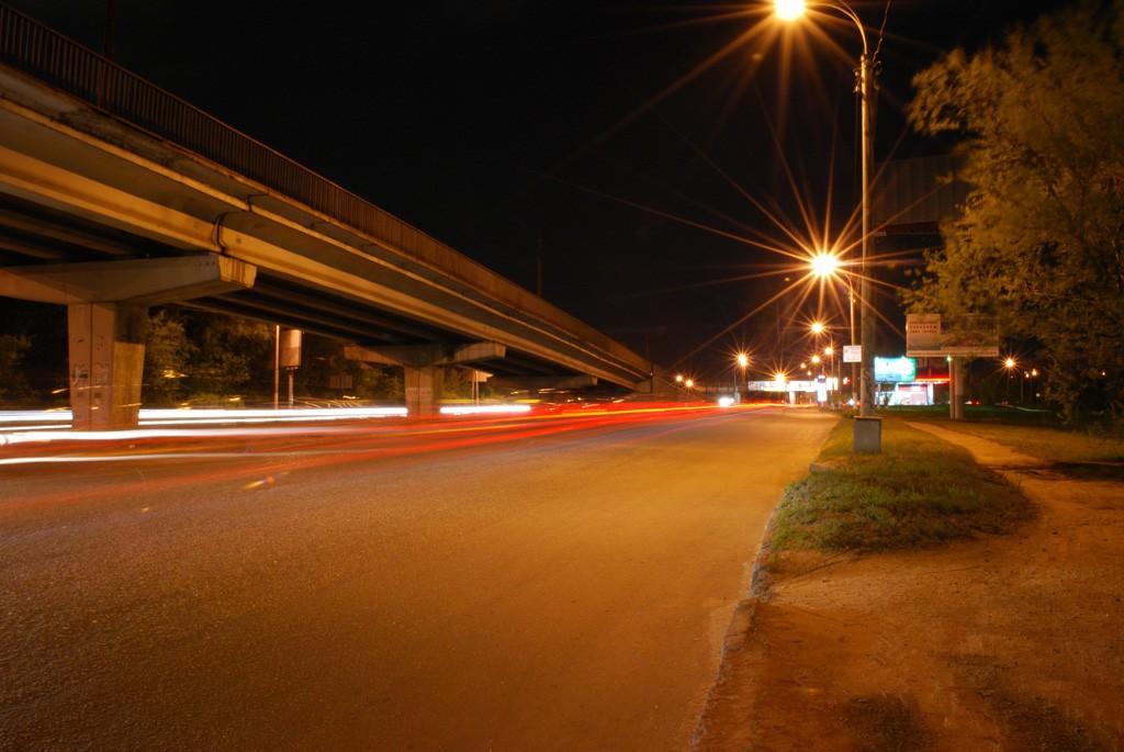 Ночной Северный мост в Воронеже фото