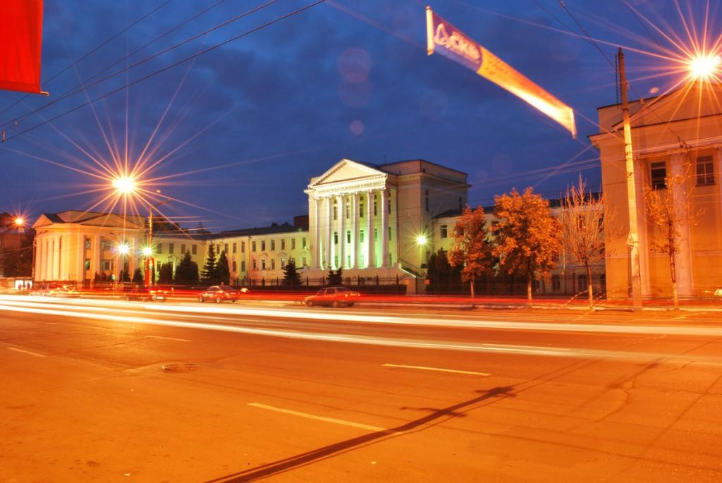 Строительный университет в Воронеже фото в ночное время