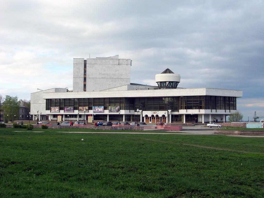 Академический театр драмы в Воронеже фото