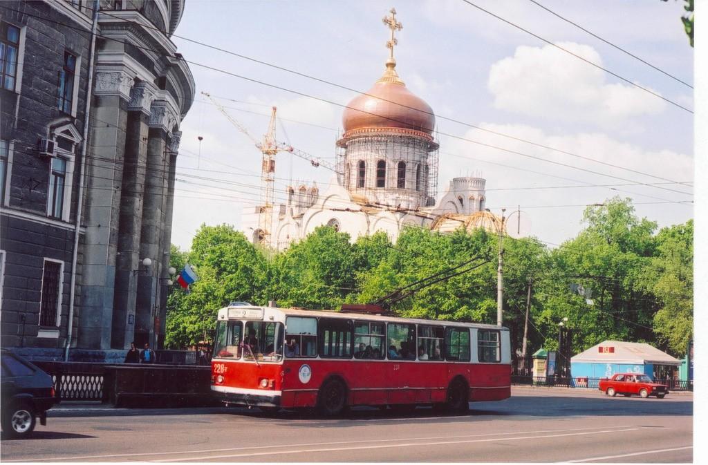 Троллейбус на пр.Революции в Воронеже фото