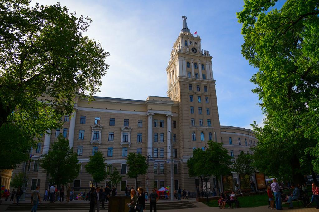Здание Юго-Восточной железной дороги в Воронеже фото